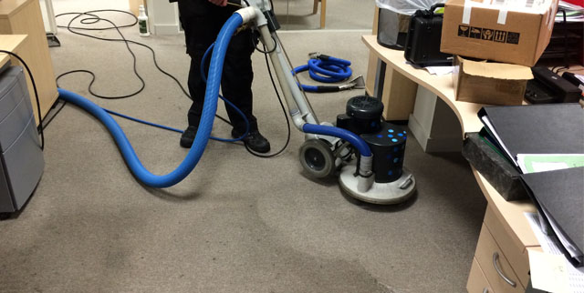How to Improve Your Commercial Carpet Cleaning Services